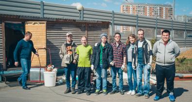 Заставка для - Участники фонда «Лучшие друзья» помогли хоспису в уборке территории