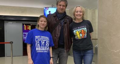Заставка для - «Лучшие друзья» и «Перспектива» познакомились с Антоном Долиным и вместе посмотрели фильм!