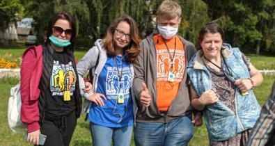 Заставка для - Самое насыщенное воскресенье лета: как «Лучшие друзья» побывали в Переславле-Залесском