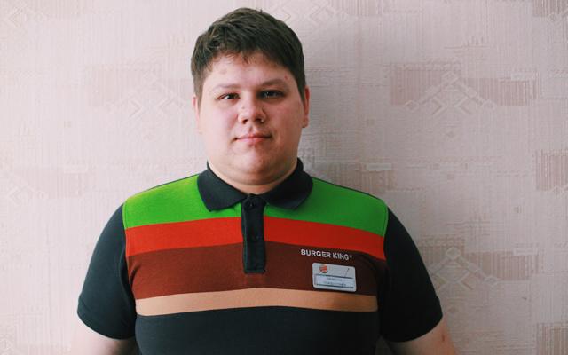 Заставка для - Я так бы и сидел бы дома, если бы не фонд «Лучшие друзья»: история Максима Чубко