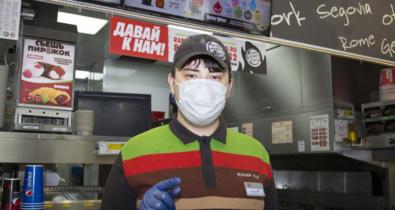Заставка для - «Больше всего я люблю жарить котлеты!»: как Дима Беляков научился бургеры делать